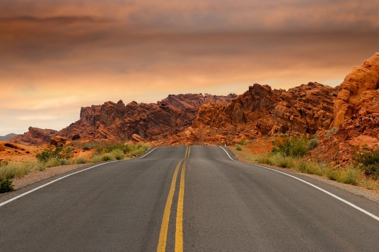 road-1303617_960_720.jpg