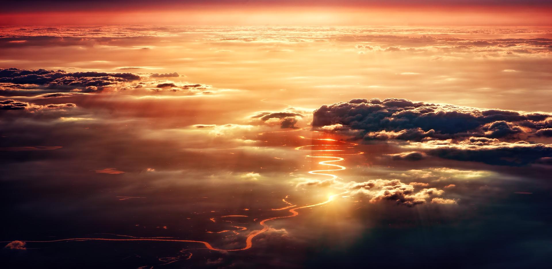 clouds-3291565_1920
